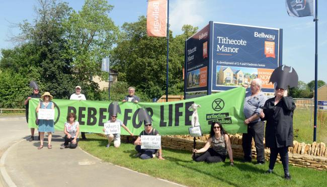 Rebellion Extinction campaign outside Bellway Homes Tithecote Manor.  Photo: Siobhan Boyle SMB2764/3.