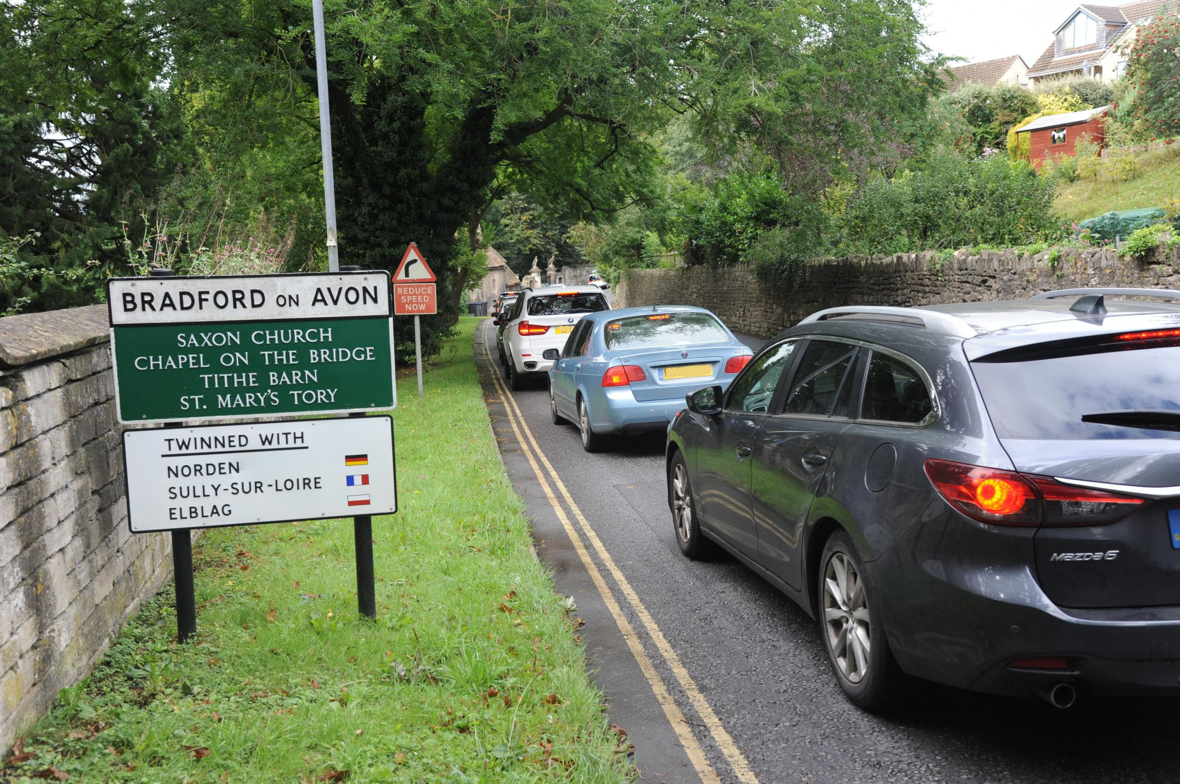 Petition calls for traffic lights and barriers to go from Town Bridge