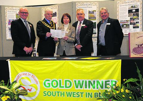 South West chairman Jon Wheatly, Trowbridge Mayor John Knight, Trowbridge chairman Jennifer Polledri, South West president Vic Verrier and  Bob Sweet, the Royal Horticultural Society's head of shows