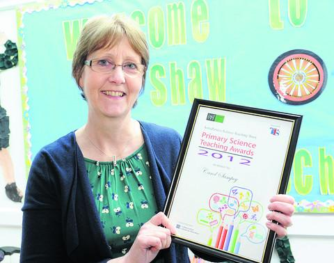 Carol Sampey with her national award