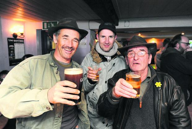 Wiltshire Times: Mark Rylance meeting Micky Lay in Pewsey in 2011
