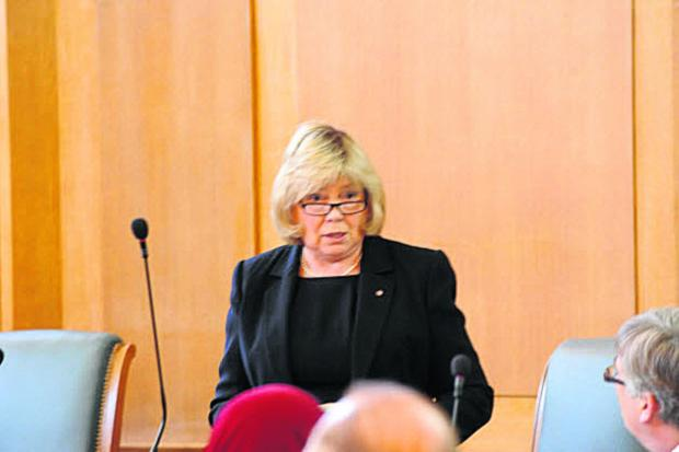 Council Leader Jane Scott prior to Tuesday's full council meeting