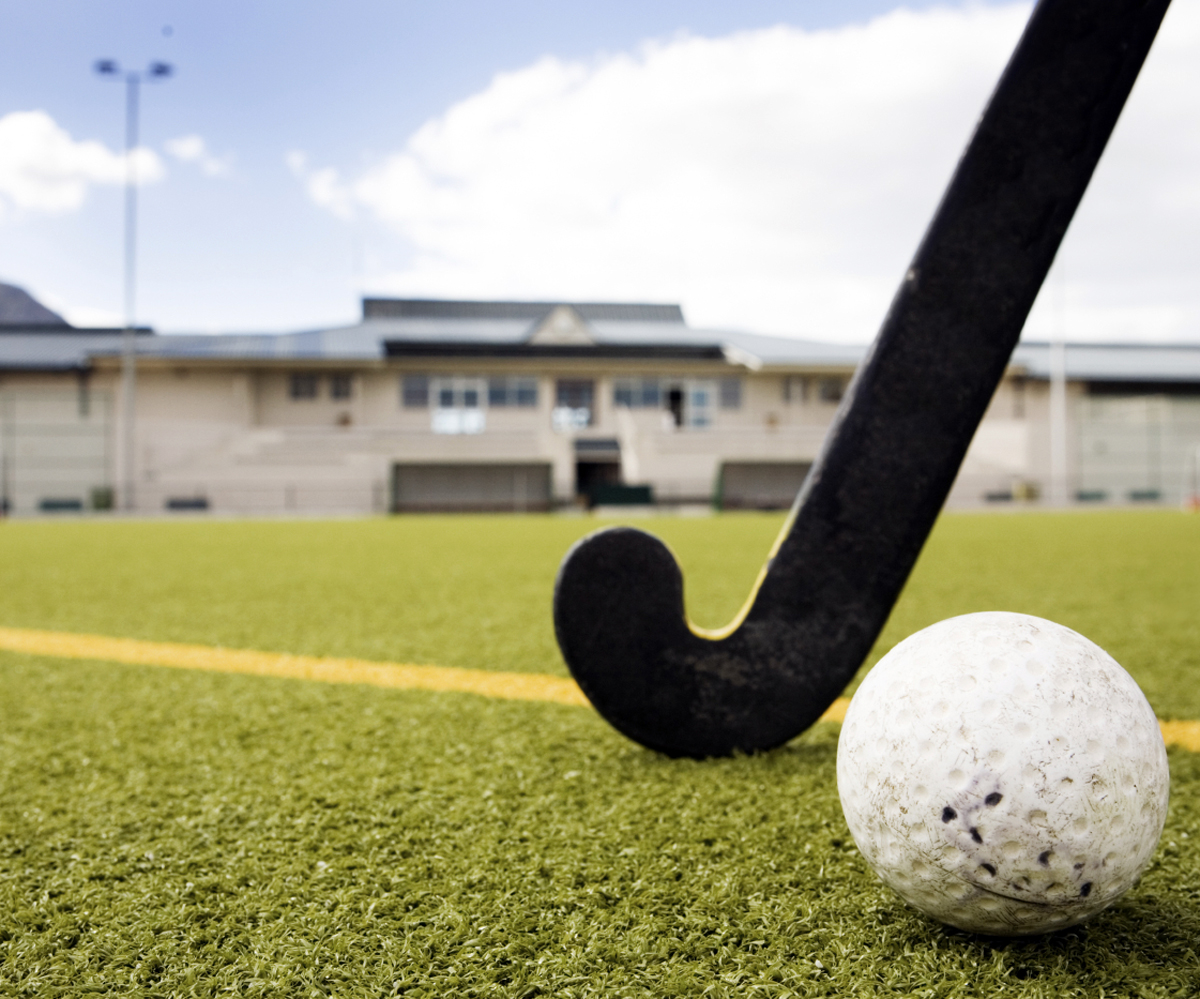 HOCKEY: Wilts hit Bristol for six