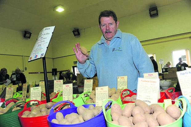 Chris Smith at Codford Potato Day and Seed Fair          Photo: Trevor Porter (48343)