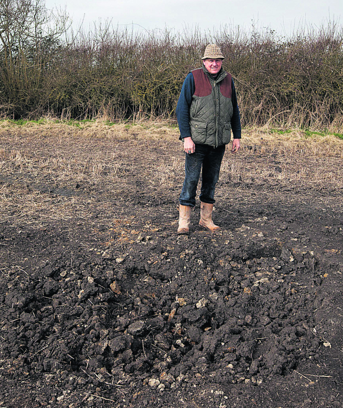 MoD artillery shell flies over Wiltshire villages making crater near Paddington railway line
