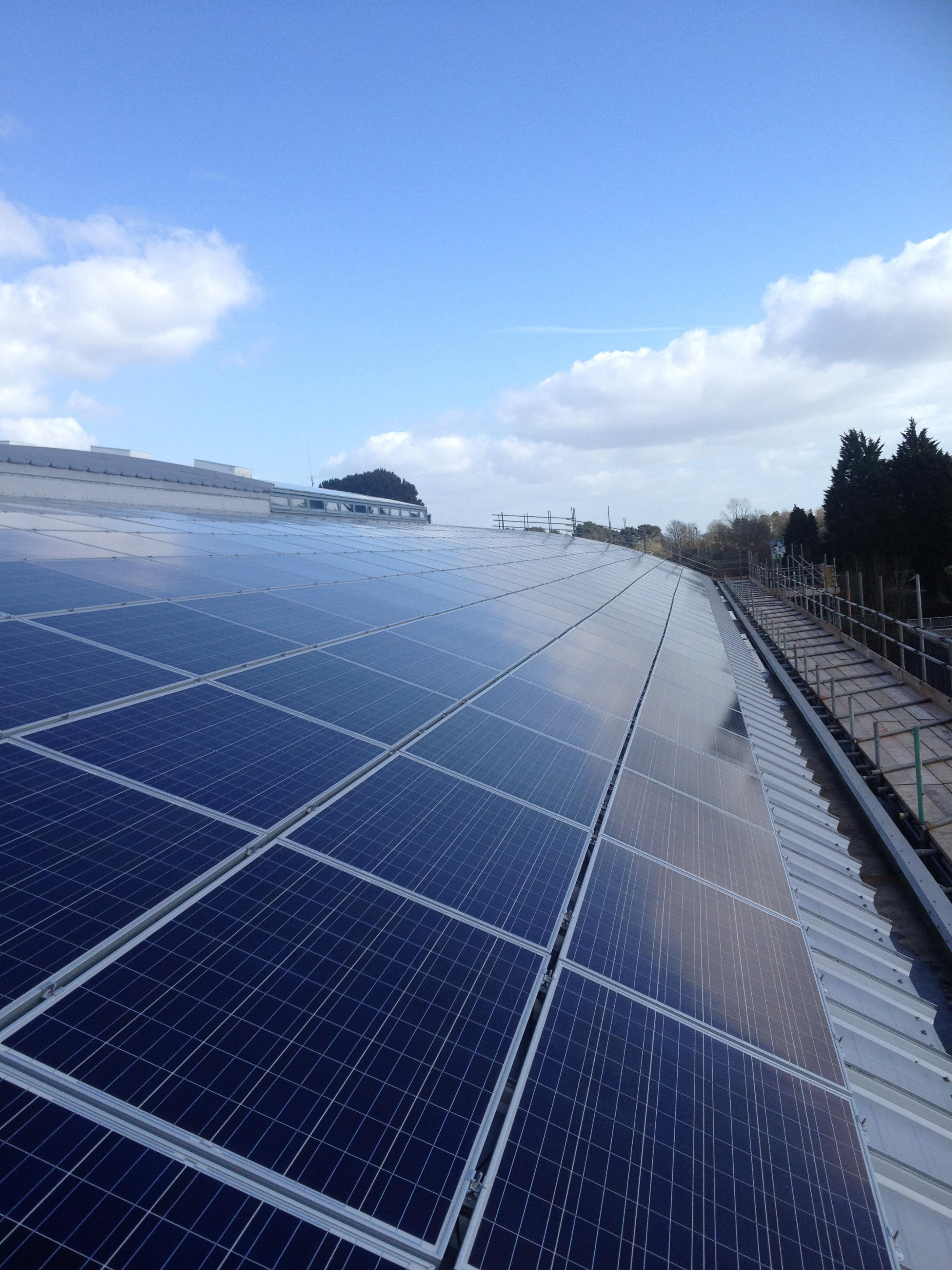 Bradford on Avon school smashes solar goal