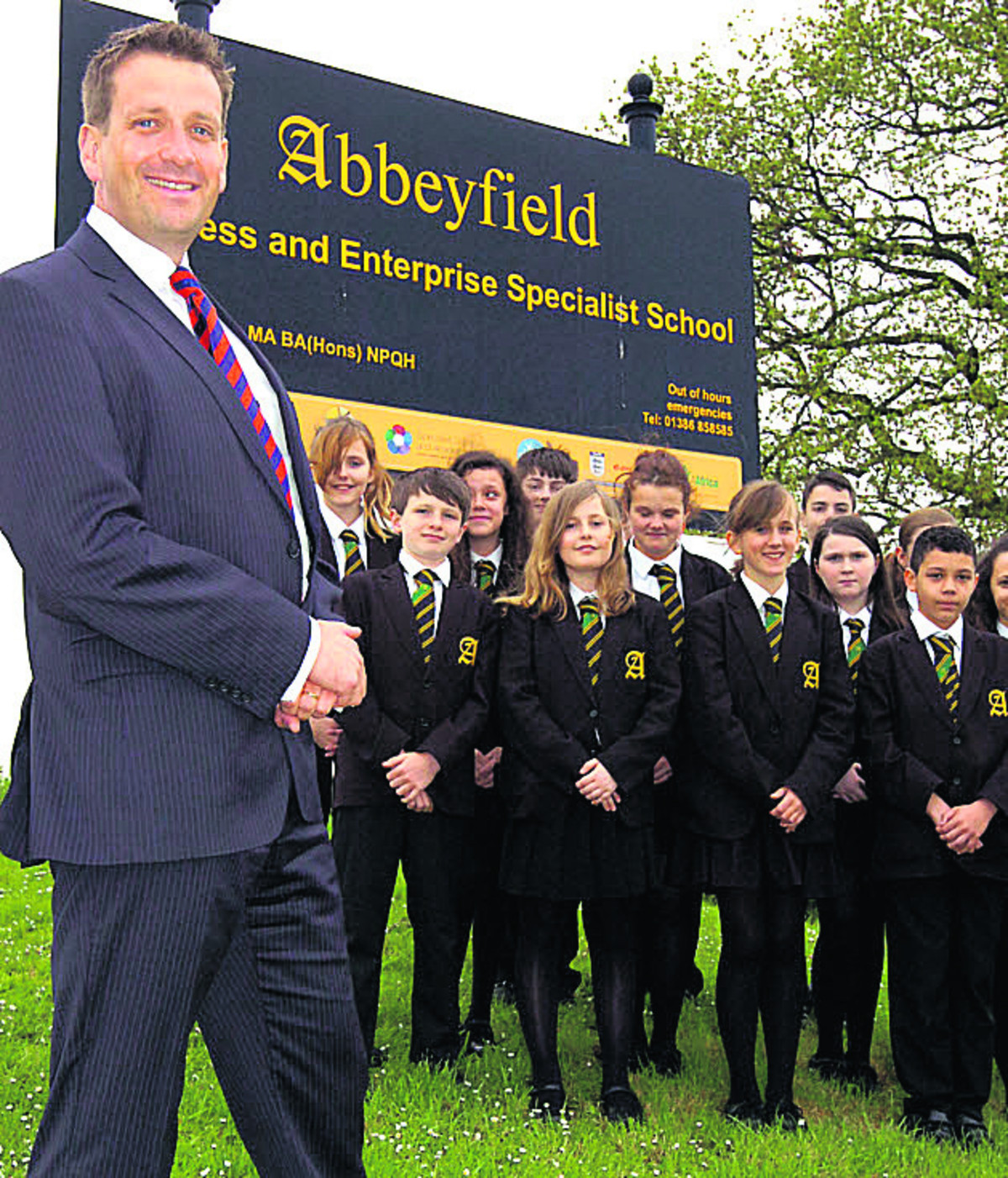 New Abbeyfield School head Ian Tucker with year seven pupils. (PM1218) Picture by Paul Morris