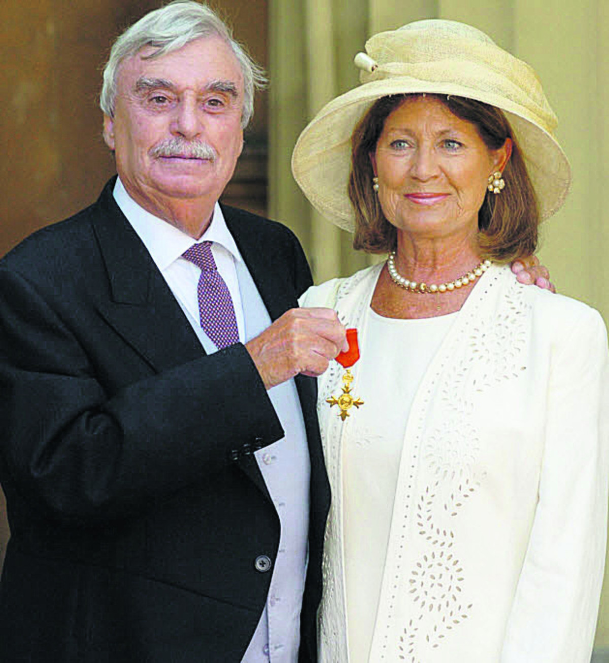 Leslie Thomas, with his wife Diana. The writer best known for his national service novel The Virgin Soldiers has died aged 83 near Salisbury