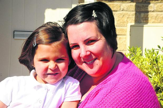 Wiltshire Times: Scarlett after her haircut with mother Tessa Reed. (VS353) By Vicky Scipio