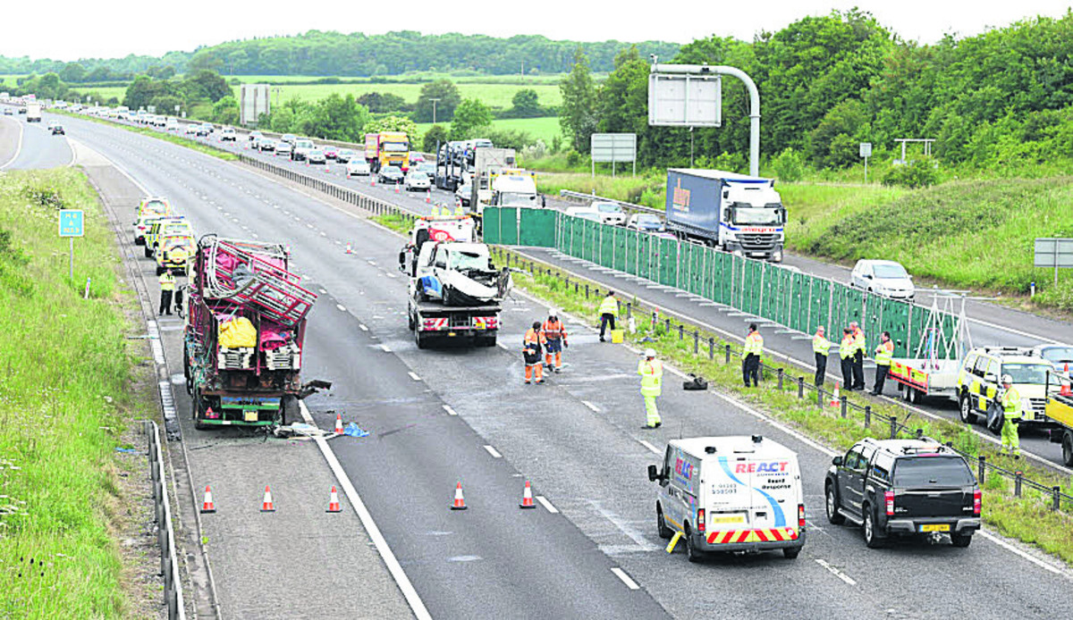 Double fatal collision closes M4 at Chippenham