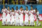 Ten-man Costa Rica beat Greece on penalties