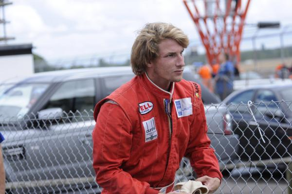 James Hunt's son Freddie a star attraction at Castle Combe Circuit