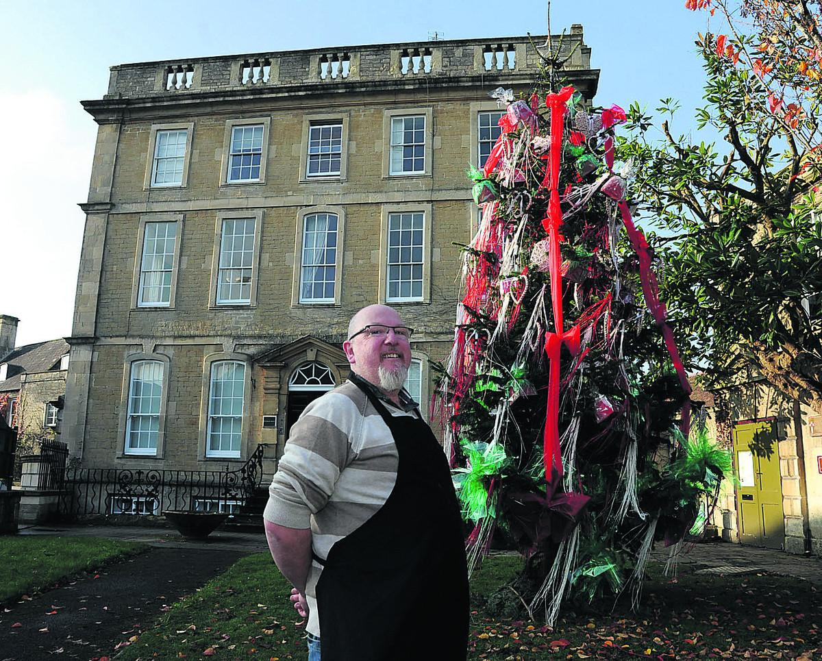 Poll Should Blingy Christmas Tree Be Toned Down Wiltshire Times
