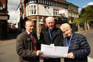 Breakthrough trustee Mike Allan with manager reverend Barrie Dearlove and his wife Dorothy outside The Carpenters Arms. Pics Trevor Porter 58510 3