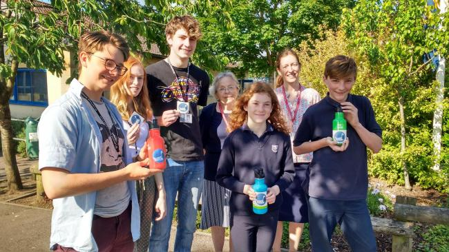 Bradford on Avon locals come together to reduce the use of single use plastic bottles