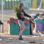 Wiltshire Times: Glastonbury clean-up begins as revellers head home