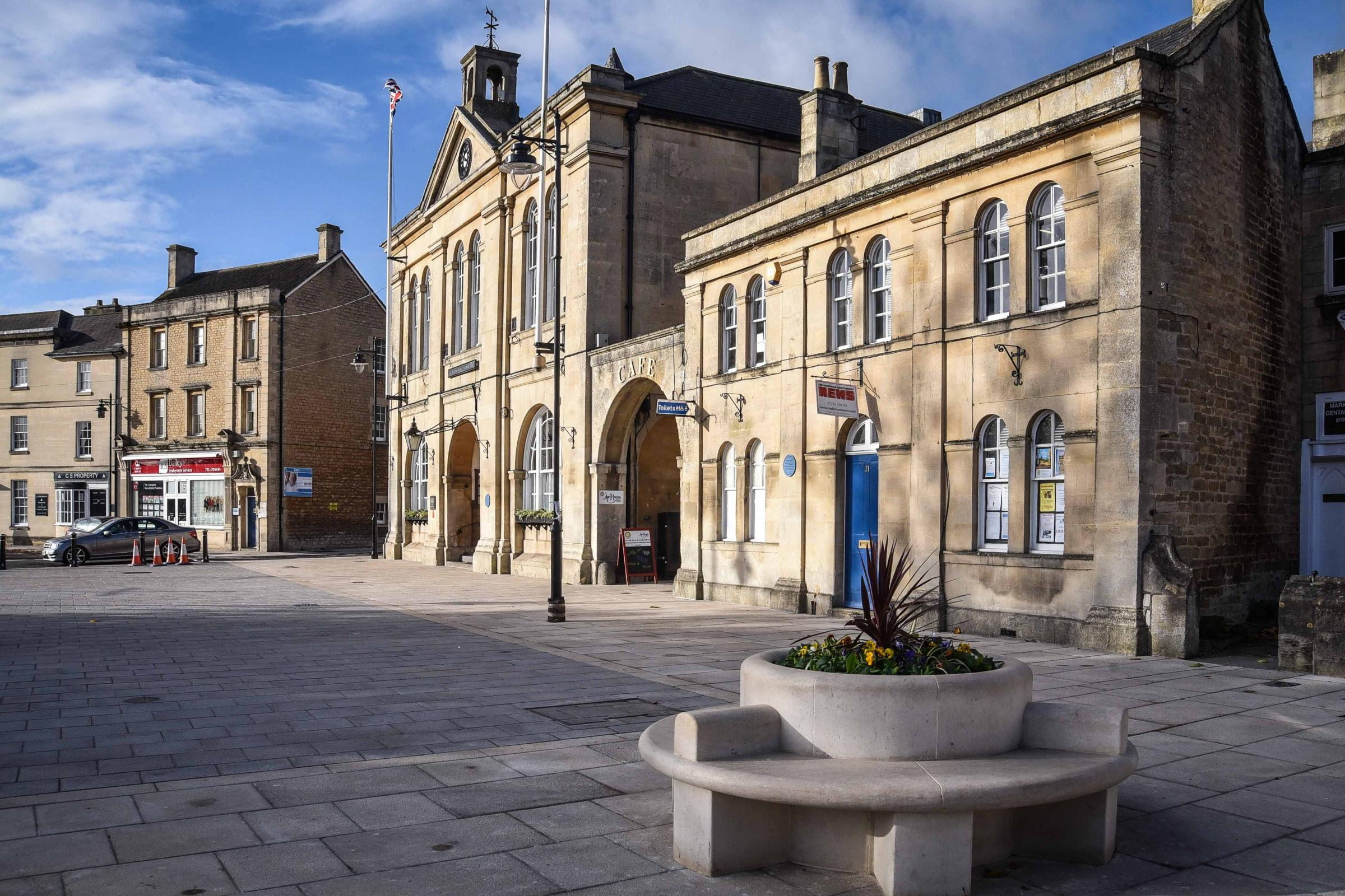 Updated stock shot, Melksham Town Hall and new pavement  Oct 2017..Photo www.gphillipsphotography.com  GP1047.