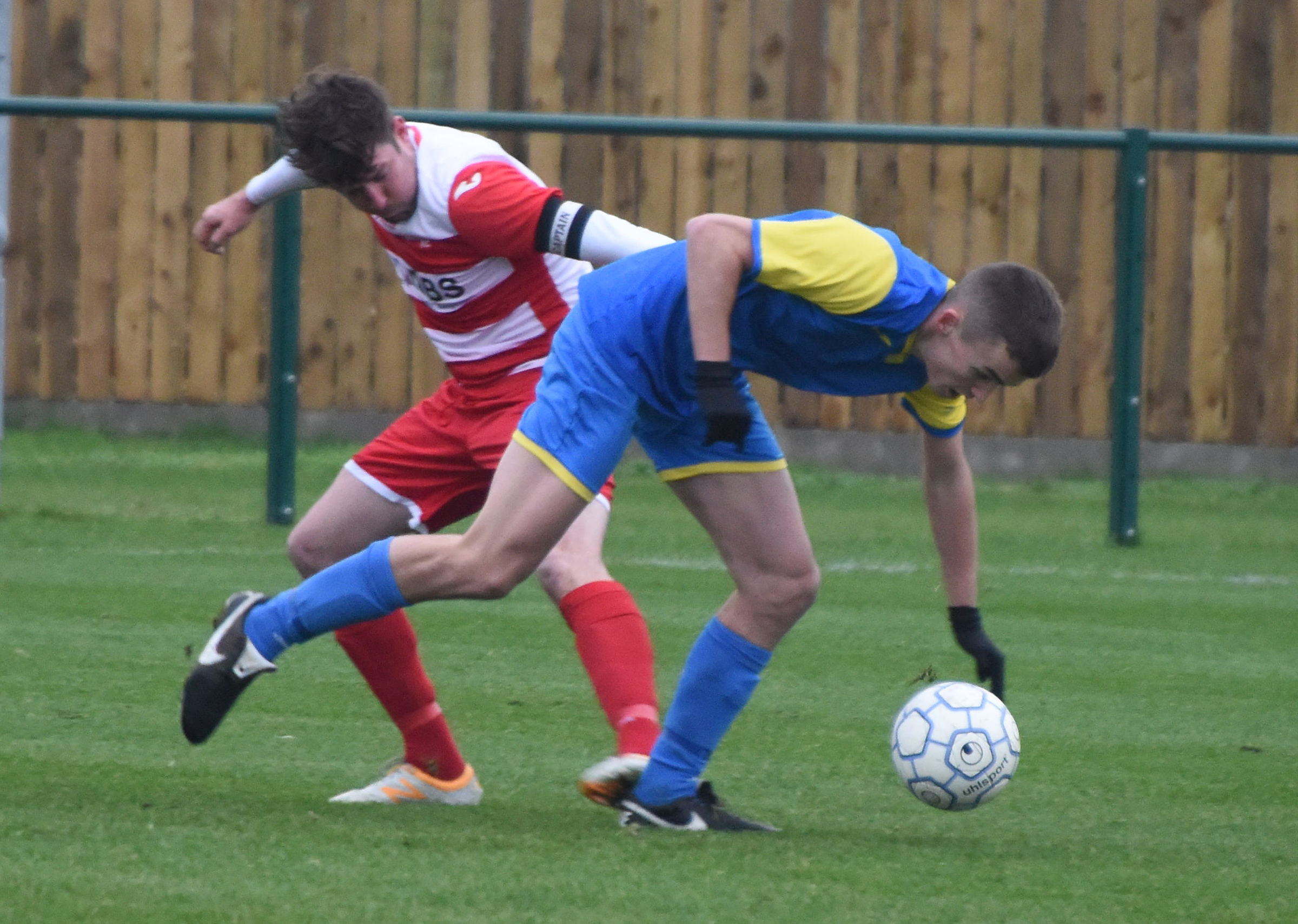 ©Calyx Picture Agency.Royal Wootton Bassett dev v Wroughton.Chris Flanagan and Bailey Gallagher..
