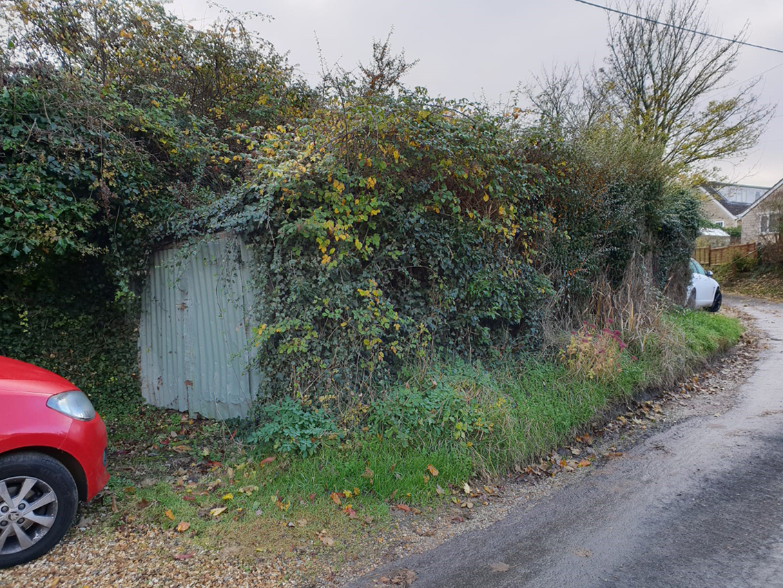 Derelict garage at Little Court Lane, Edington.