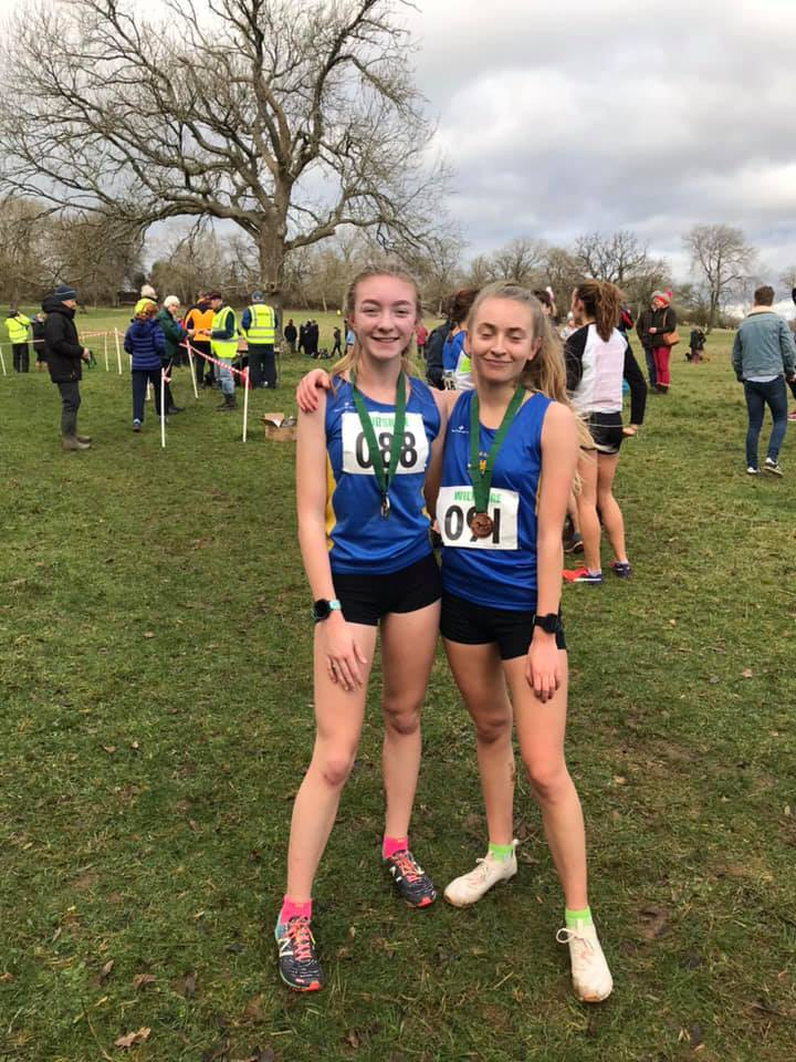 Hardenhuish School student India Ibbotson (left), who was third Wiltshire finisher in the U20/17 women's race with Team Bath clubmate Eva Porter.