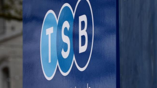 Angry TSB customers left without wages in their accounts