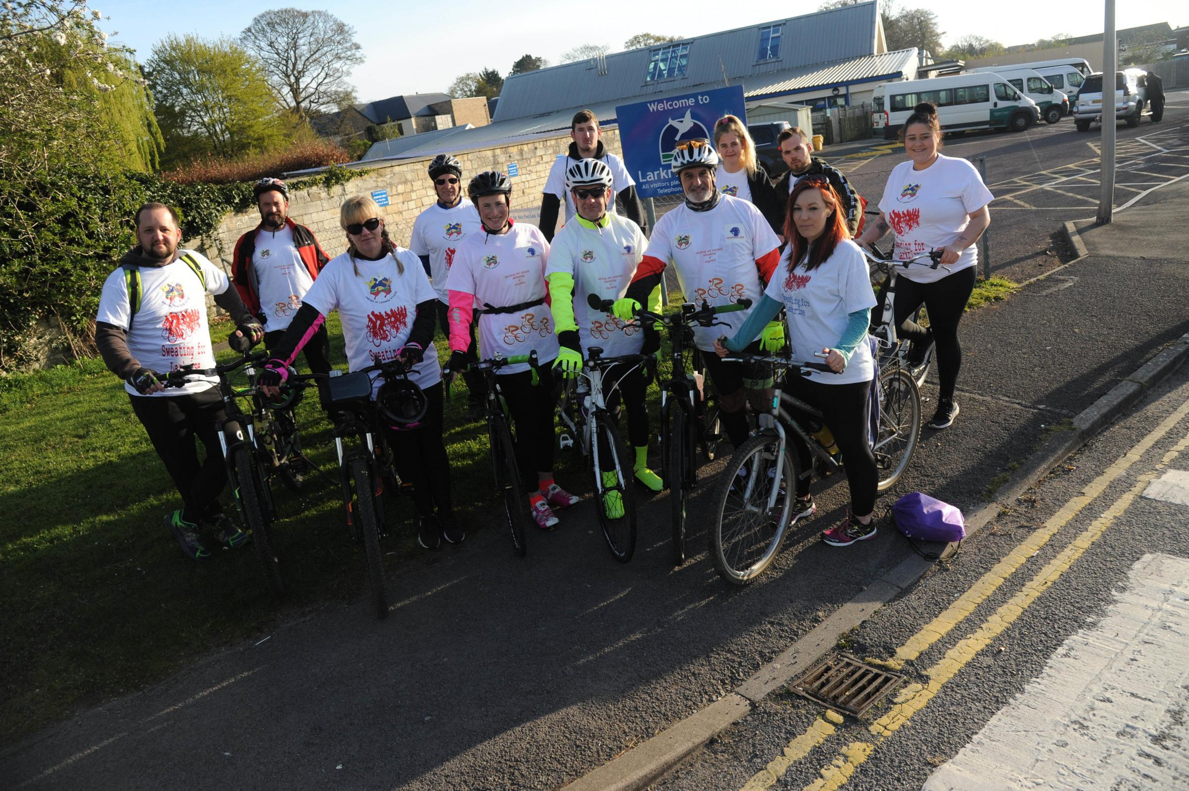 Larkrise charity bike ride. Pedal power pulls in he funds for Larkrise with cyclists staging a fund raising ride to Weymouth. Photo Trevor Porter 60334  1..