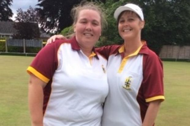 Box bowlers Kathryn Yeoman (left) and Debbie Shadwell